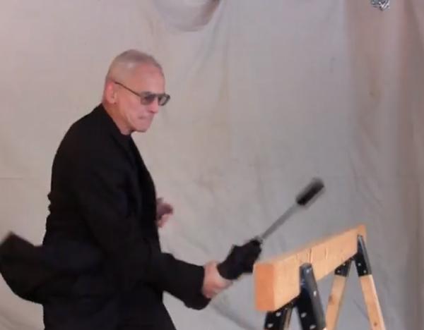 【リアル・セルフディフェンス】壊れない 折りたたみ傘 プレミアム モデル U-202 [米国から個人輸入代行の商品紹介]